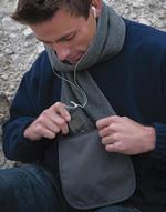 Gants et écharpes Fleece Scarf with Pocket Result