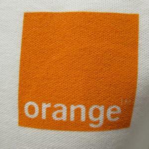 Sérigraphie sur polos pour Orange